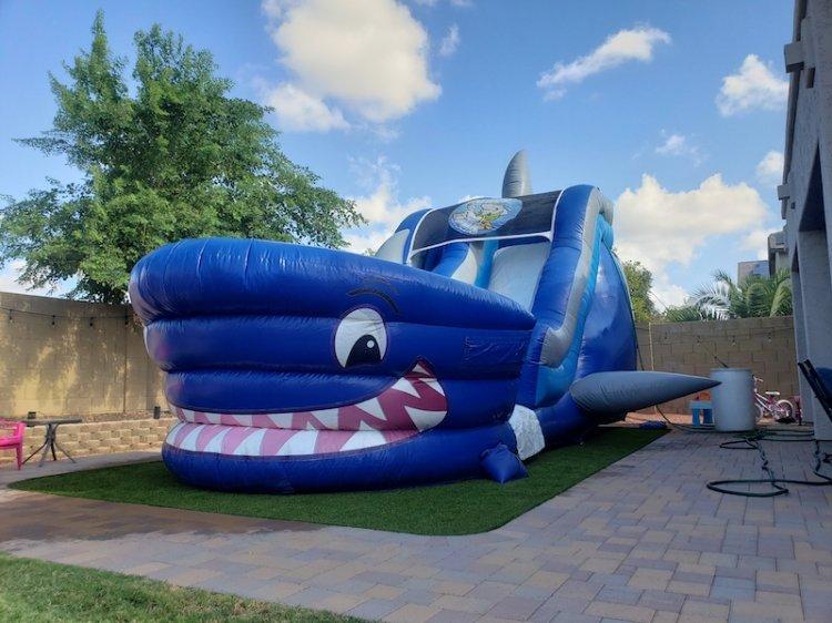 18ft Shark Tank Water Slide