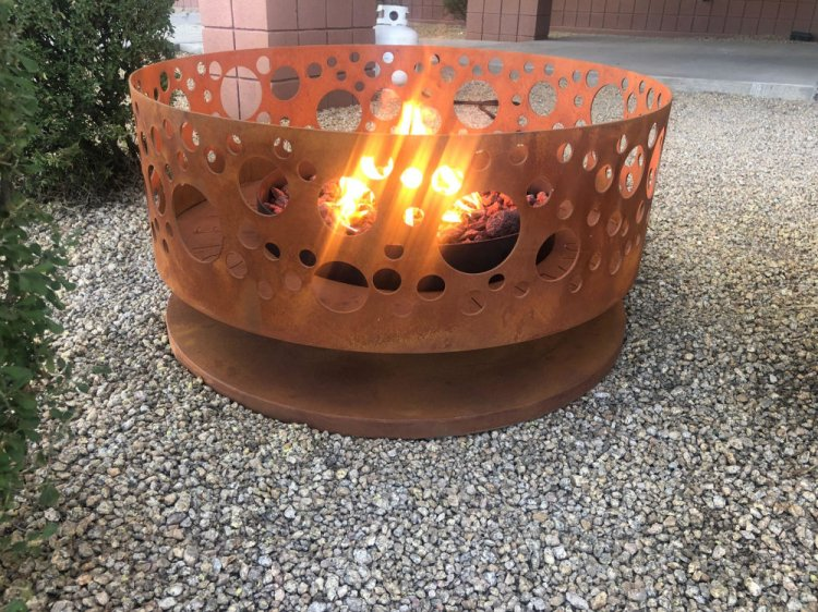 Solfire Fire Pit - Rust Finish