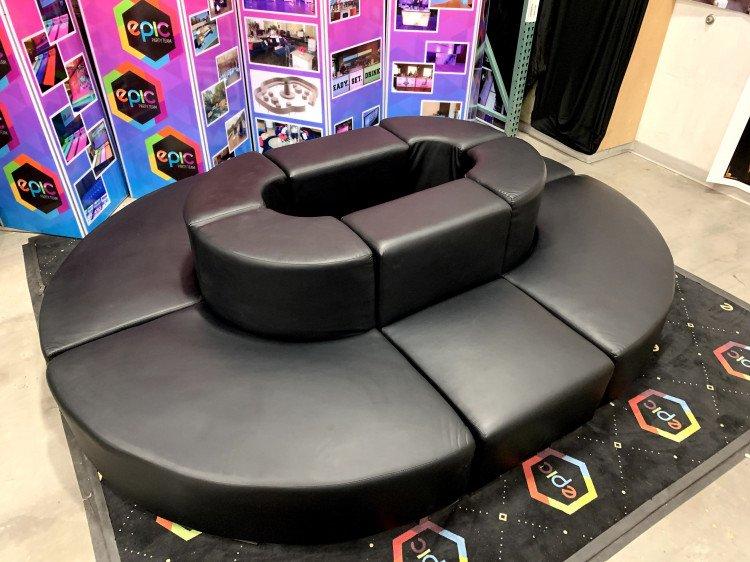Mondrian - Oval Lounge - Black
