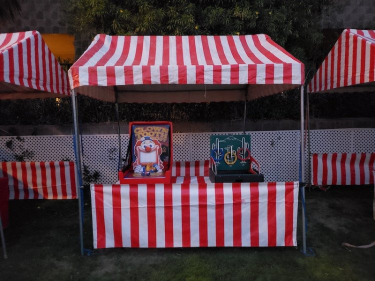Carnival Booth (Red and White)